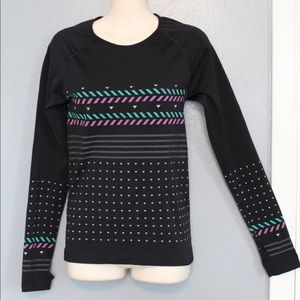 Title Nine Long Sleeve Fitted Top Thumbholes S